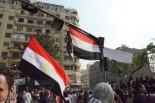 ムバラク大統領に代わってタンタウィ軍最高評議会議長が首吊り人形になった。=24日(現地時間)、タハリール広場。写真:筆者撮影=