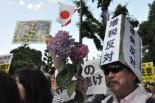 「再稼働を許してはならない」。危機感を抱いた市民が夕方、続々と押し寄せた。参加者は20万人(主催者発表)。=永田町。写真:田中撮影:撮影=